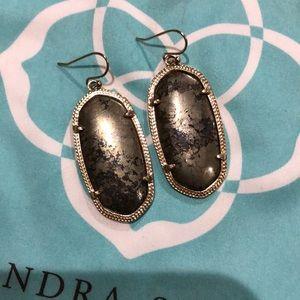 Kendra Scott gray/gunmetal Elle earrings